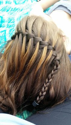 Simple waterfall braid! Thanks to @Taylor Robertson for being my model