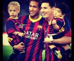 Neymar and Messi with their adorbs children