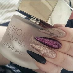 In search for some nail designs and ideas for your nails? Listed here is our list of 14 must-try coffin acrylic nails for fashionable women. Fancy Nails, Love Nails, Trendy Nails, My Nails, Prom Nails, Solid Color Nails, Nail Colors, Fabulous Nails, Gorgeous Nails