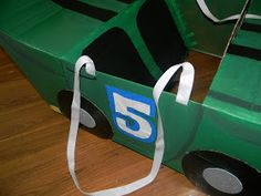 A step-by-step tutorial to create a Race Car out of Cardboard Boxes Car Costume, Costume Ideas, Costumes, Carton Diy, Cardboard Car, Movies Box, Crafts For Kids, Diy Crafts, School Projects