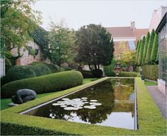 Bruges town house garden by Belgian garden designer Jacques Wirtz