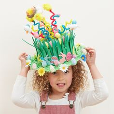 square Get Springy with this spectacular Easter bonnet and use pipe cleaners to send these tiny critters sky high! There is a huge selection of Easter toppers to chose from to decorate your bonnets to the max. A great value craft for all the family. Crazy Hat Day, Crazy Hats, Easter Bonnets For Boys, Easter Crafts For Kids, Toddler Crafts, Easter Costumes For Kids, Boys Easter Hat, Easter Hat Parade, Diy Ostern