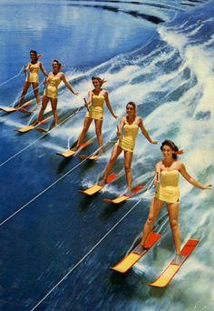 water skiing Cypress garden's style in Florida. Nautique Vintage, Ski Nautique, Cypress Gardens, Slim Aarons, John Singer Sargent, Scott Campbell, Vintage Swimsuits, Bikini Vintage, Moda Vintage