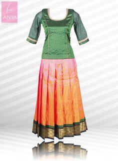 Look pretty and elegant in this beautiful kanchipuram silk ...
