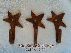 "Set of 3 Rusty Star Hooks ~ Kitchen Decor / Hardware / Primitive 1.5"" W x 2.5"" L #Unbranded"
