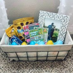 EASY Easter Basket Idea for your boyfriend, husband, or partner! EASY Easter Basket Idea for your boyfriend, husband, or partner! Easter Baskets For Toddlers, Boys Easter Basket, Easter Gift Baskets, Pasta Primavera, Top 5 Christmas Gifts, Christmas Greetings, Birthday Present For Husband, Husband Birthday, Bowls