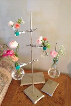 Ruffled® | See ads - Chemistry set - Decor    super cute for a centrepiece!  Shoulda done for our wedding...too late
