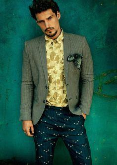 Hmm interesting comboe ;)  Sam Webb Unveils His Eclectic Facet for Café.               Wow I love those pants.