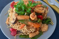 Crispy Egg Noodles with Seafood / Mi Xao Don Do Bien   La Vie Partagée