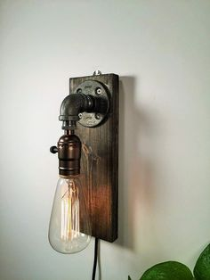 Wall lamp / Light Industrial Sconce Steampunk by UrbanEdison Rustic Wall Sconces, Rustic Lamps, Candle Wall Sconces, Outdoor Wall Sconce, Industrial Wall Lights, Industrial Pipe, Wall Lamps, Industrial Furniture, Vintage Industrial