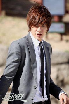 Random, thy name is City Hunter » Dramabeans » Deconstructing korean dramas and kpop culture