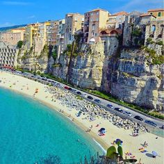 Trying to decide the next place to visit here in Italy.  So many different amazing places to decide from! This is Tropea in the south have you ever seen cliffs like this? The one thing I love about day trading is that it allows me to pick up and work from anywhere in the world. I have a feeling a will be seeing this very soon.  #travel #italy #tropea #dailyinspiration #dailymotivation #bestvacations #beautifuldestinations #wanderingtrader #whyarentyoudaytradingyet