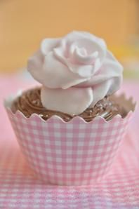 cupcake Fondant, Icing, Cupcakes, Desserts, Food, Cookies, Tailgate Desserts, Cupcake, Deserts