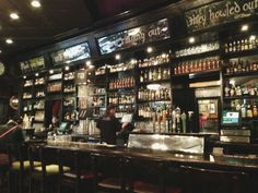 Irish Pub Decor | Happy Hour: Kieran's Irish Pub - Minneapolites