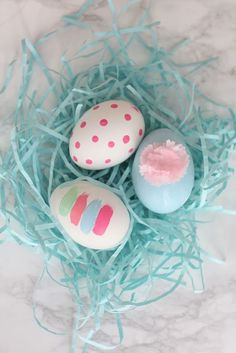 Get the DIY instructions on these adorable Easter eggs painted with crafts paint.