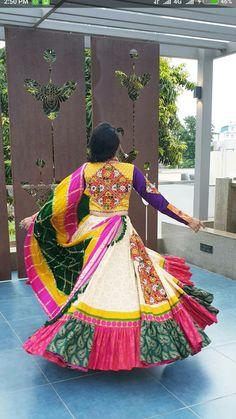 Lehenga Choli Wedding, Pakistani Lehenga, Lehenga Gown, Lehenga Choli Online, Cotton Lehenga, Garba Dress, Navratri Dress, Choli Dress, Gown Party Wear