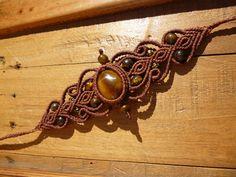 Bracelet en macrame marron, bracelet oeil de tigre, bracelet pierres semi precieuses, bracelet hippie, bracelet boheme. de la boutique BelisaMag sur Etsy