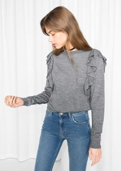 & Other Stories Frilled Merino Wool Knit in Grey Girls Fashion Clothes, Girl Fashion, Fashion Outfits, Clothes For Women, Casual Street Style, Street Style Women, Uniqlo Women Outfit, Pijamas Women, Minimal Fashion