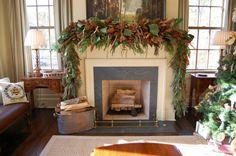 guirnalda navideña de hojas de pino y magnolio