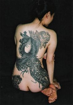 Japanese Tattoo Art:Let's discuss where you will find japanese tattoos or japanese traditional tattoo.Japanese tattoo art is not very difficult. Tattoo Girls, Girls With Sleeve Tattoos, Girl Tattoos, Tattoos For Women, Tatoos, Tattooed Women, Ladies Tattoos, Tattooed Models, Tribal Tattoos