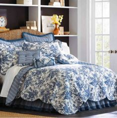 Blue Rose Floral Toile Twin Quilt / Coverlet and Pillow Sham Set. Reverses to Blue and White Stripes. The Sham has Blue Ties in the Back for Closure. Standard Pillow Sham: x Twin Size Quilt: x French Country Bedding, French Country Bedrooms, French Country Cottage, French Country Decorating, Country Cottages, Toile Bedding, Blue Bedding, Blue And White Bedding, Bedroom Comforters
