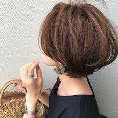 Pin on ヘアスタイル Love Hair, Great Hair, Short Hairstyles For Women, Pretty Hairstyles, Medium Hair Styles, Curly Hair Styles, Shot Hair Styles, Hair Today, Short Hair Cuts