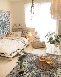 Pin by vaida on boho room in 2019 bohemian bedroom decor, be Bohemian Bedroom Decor, Boho Room, Room Decor Bedroom, Home Bedroom, Beachy Room, Summer Bedroom, Bedroom Beach, Bedroom Inspo, Bedroom Furniture