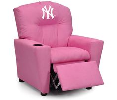 Use this Exclusive coupon code: PINFIVE to receive an additional 5% off the New York Yankees MLB Kids Pink Microfiber Recliner at SportsFansPlus.com