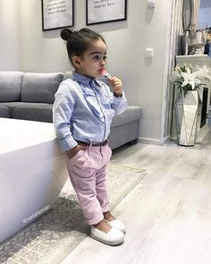 Cute Toddler Girl Clothes, Unique Baby Clothes, Cute Baby Girl Outfits, Cute Outfits For Kids, Little Girl Fashion, Toddler Fashion, Boy Fashion, Kids Clothing Brands List, Shoe Size Chart Kids