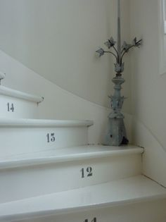 numbered stairs - fun idea
