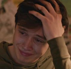 Who didn't cry here? Amor Simon, Love Simon, Nick Robinson, Simon Spier, Becky Albertalli, Secret Lovers, Human Emotions, Meme Faces, Jurassic World