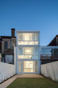 Ana Cláudia Monteiro & Vítor Oliveira - Architect's own house and studio, Porto 2010. Via, photos (C) José Campos.