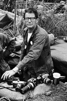 Nouvel article à lire sur SHOTS : Larry Burrows day. Le témoignage pour l'humanité.