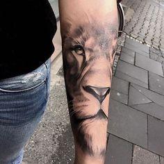 Los 10 Mejores tatuajes con significado Leo Tattoos, Celtic Tattoos, Future Tattoos, Animal Tattoos, Body Art Tattoos, Tattoos For Guys, Tattoos For Women, Wing Tattoos, Tattos