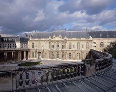 La cour de l'hôtel de Soubise à Paris