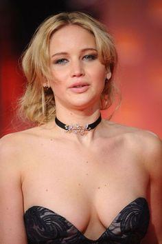 10 Aktris Hollywood Seksi di tahun 2017