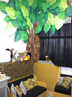 Safari Theme for classroom reading corner. Animal print pillows would be cute in my reading corner. Jungle Theme Classroom, Classroom Setting, Classroom Displays, Classroom Design, Preschool Classroom, Classroom Themes, Classroom Organization, Kindergarten, Future Classroom