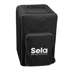 The practical cajon rucksack from Sela looks not only cool, its features make it also the perfect companion for every cajon player.
