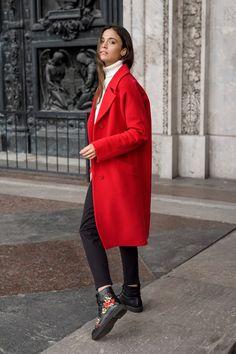 29787883dc5f Стильные женские пальто - купить пальто женское в СПб в интернет магазине  Dream White
