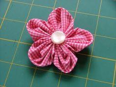 Blog Feltro-Aholic ♥ : Flores de tecido ou fuxico!