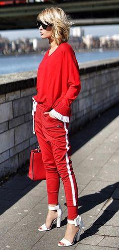 Street Style Kleiderschrank, Anziehen, Herbst, Rote Mode, Sportmode, Bunte  Mode, 0f9b36917f