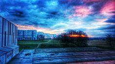 Widok z pracy na świat zewnętrzny. #nowahuta #igerskrakow #clouds #sunrise Postprodukcja: snapseed