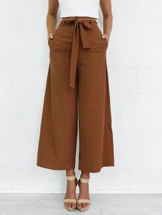 New spring brown black loose casual ankle-length pants england style Sneakers Outfit Work, Casual Sneakers, Moda Afro, Mode Pop, Fashion Pants, Fashion Outfits, Dress Fashion, Fashion Trends, Vetement Fashion