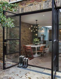 44 New Ideas For Apartment Therapy Patio House Tours House Extension Design, House Design, Garage Design, Extension Ideas, Crittal Doors, Appartement Design, House Extensions, Apartment Therapy, House Tours