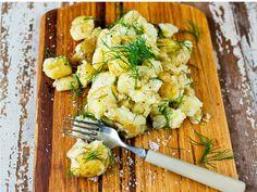 Knuste poteter med sitron og dill Avocado Toast, Potato Salad, Potatoes, Chicken, Breakfast, Ethnic Recipes, Morning Coffee, Potato, Cubs