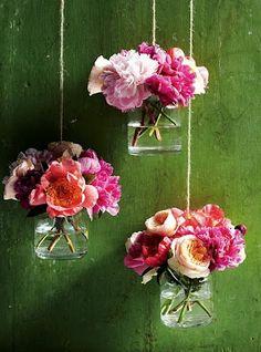 Potes de vidro de conserva na decoração