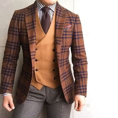 vest style, but a great colour palette withhe bold jacket design Sharp Dressed Man, Well Dressed Men, Mens Fashion Suits, Mens Suits, Fashion Menswear, Stylish Men, Men Casual, Fashion Mode, Style Fashion