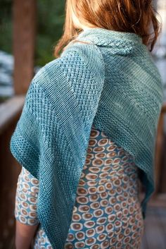 Pattern is at http://www.ravelry.com/patterns/library/textured-shawl-recipe. In a succulent yarn this would be heaven.