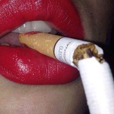 Bad Girl Aesthetic, Red Aesthetic, Aesthetic Grunge, Character Aesthetic, Aesthetic Photo, Cigarette Aesthetic, Girl Smoking, Smoking Kills, Red Lipsticks