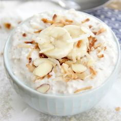 Coconut Cream Pie Overnight Oats - Overnight oats that taste just like a slice of coconut cream pie!